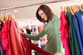 چگونه برای خرید لباس اقتصادی تر عمل کنیم؟